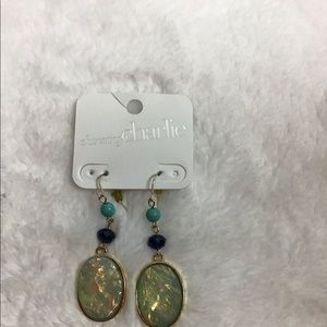 💍Charlie charming earrings
